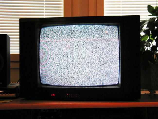 An analog TV showing noise, on a channel with no transmission by Mysid